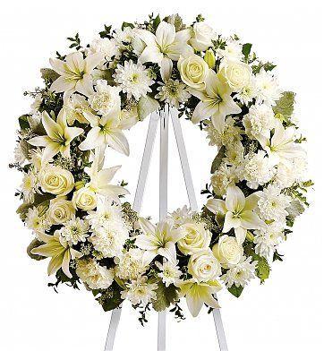 Funeral Flowers: Serenity Wreath | Beerdigung | Pinterest