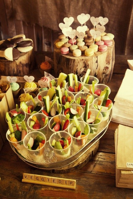 Sian and brendan s rustic barn wedding on the gold coast for Cheap wedding canape ideas