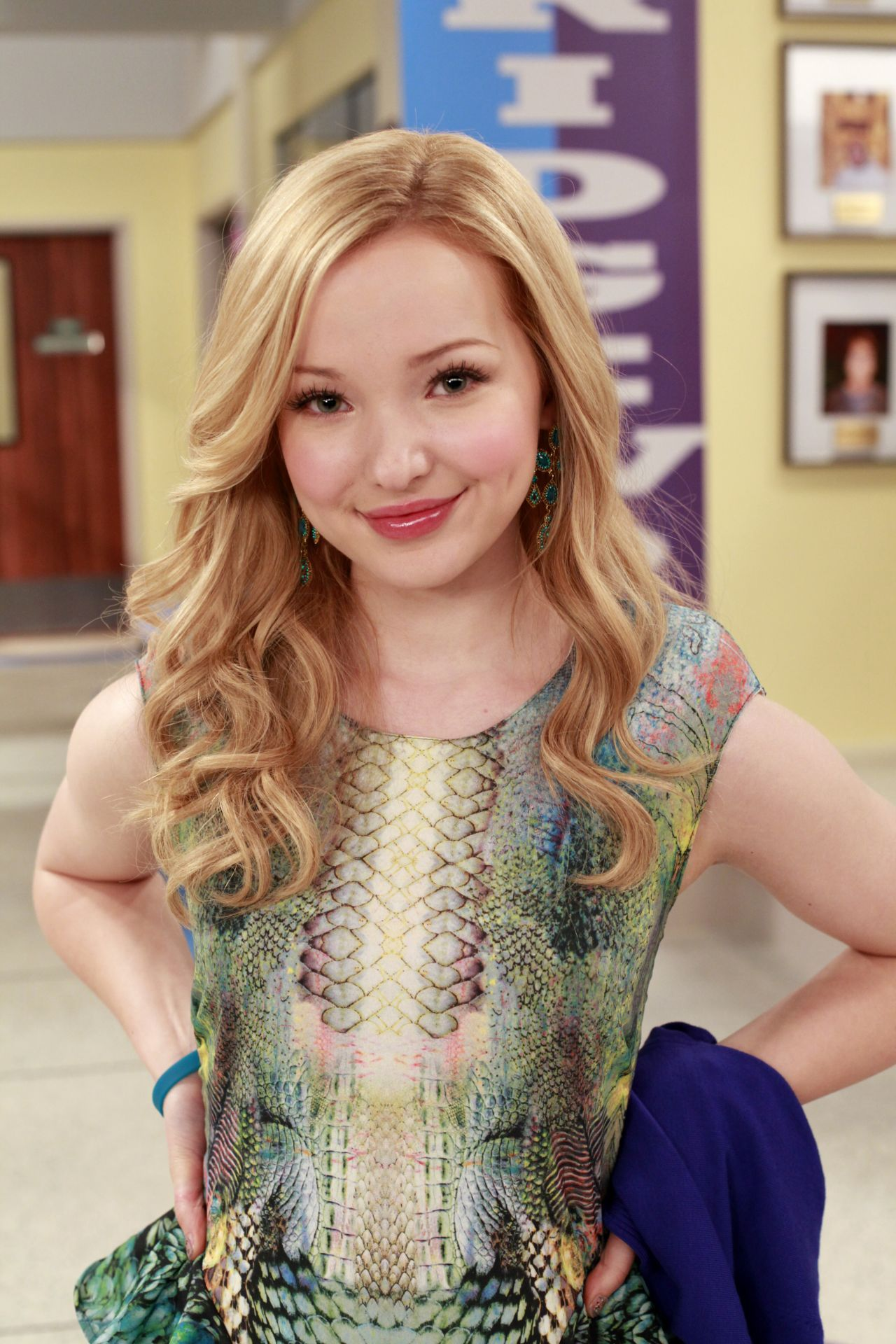dove cameron from liv & maddie *please post for me