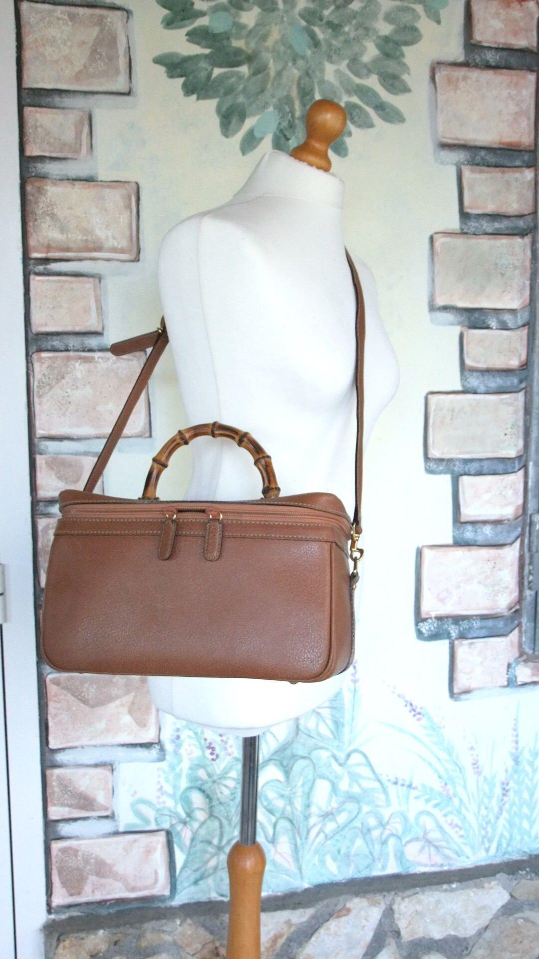Gucci - Beauty case Cognac - Leather and bamboo di Tikyvintage su Etsy f61977e7c113