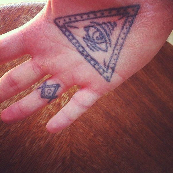 Tattoo Love The Masonic Symbol Tattoos Ears Pinterest