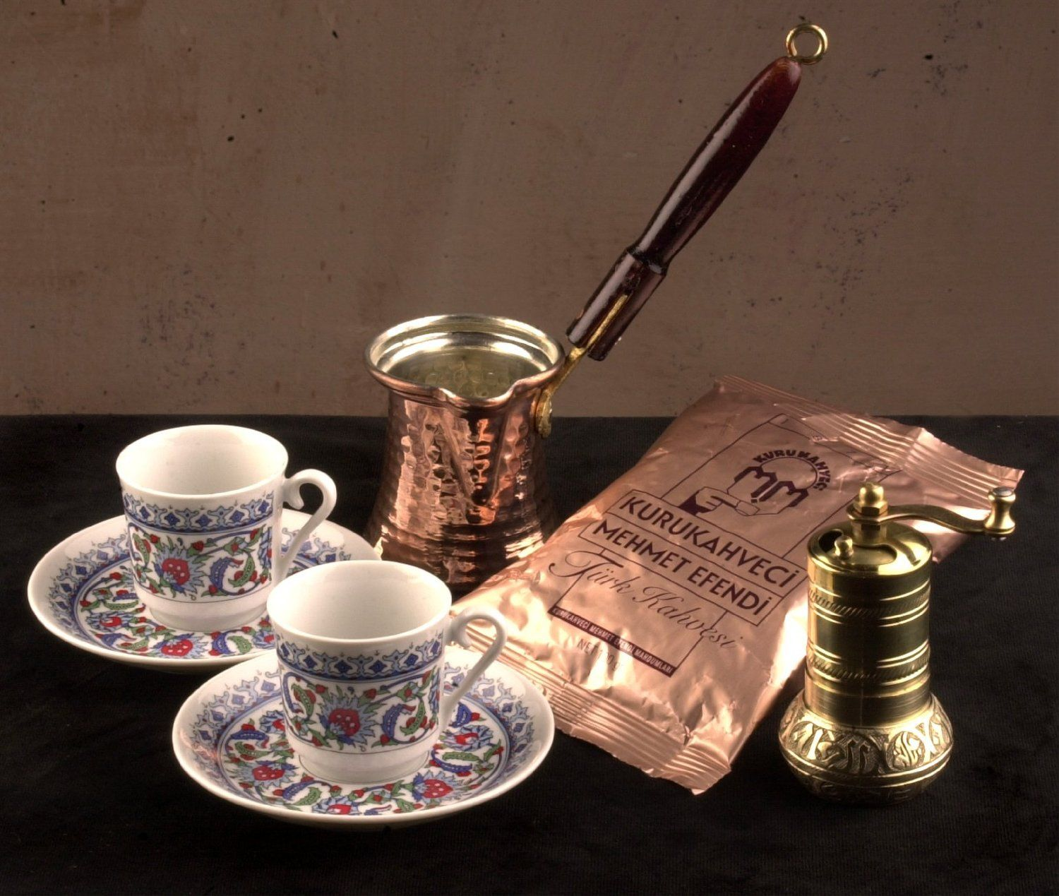 Turkish Coffee Gift Set Cup Saucer x 2 Grinder Ibrik and