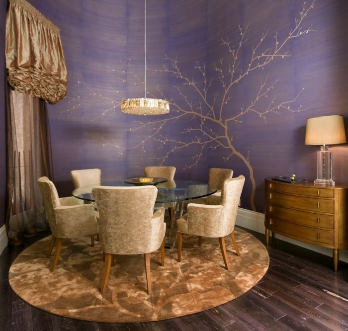 Wandgestaltung Ideen Esszimmer Lila Wände Goldene Akzente