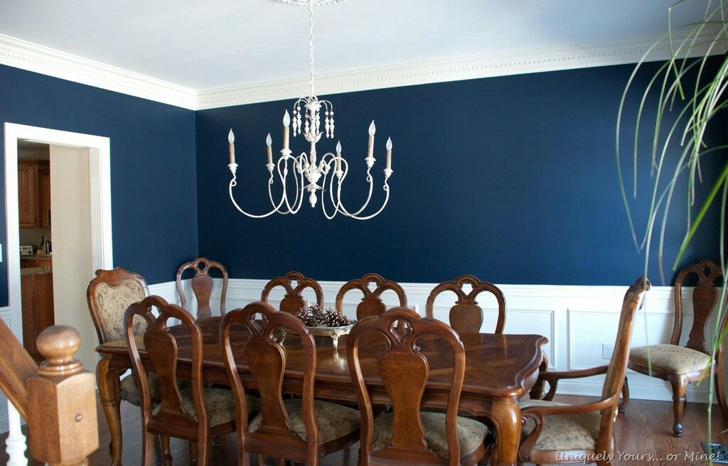 Navy Blue Dining Room With Chair Rail Accent Chairrail Dining Room Blue Dining Room Table Decor Dining Room Paint