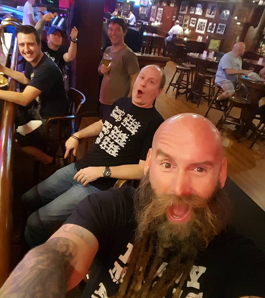 """""""Hanging with the gang on a day off in between massive @ffdp rock shows! #ShitYesSon #Football #Wings #TheMondayUsual #PositivelyAffectingLives"""""""