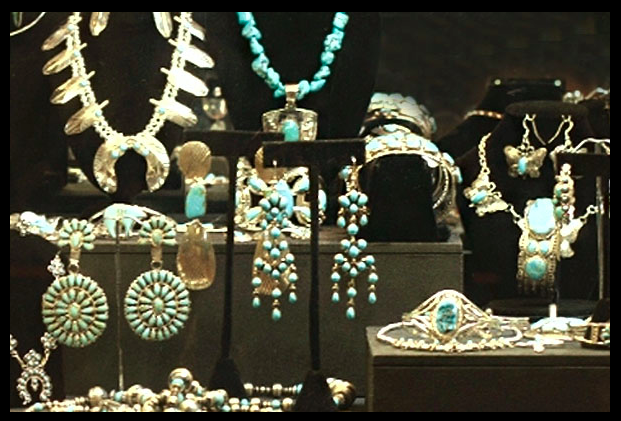 Find the most amazing silver jewelry at Super Silver