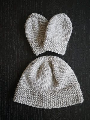 Knitting for newborns: Simple hat and mitts set...