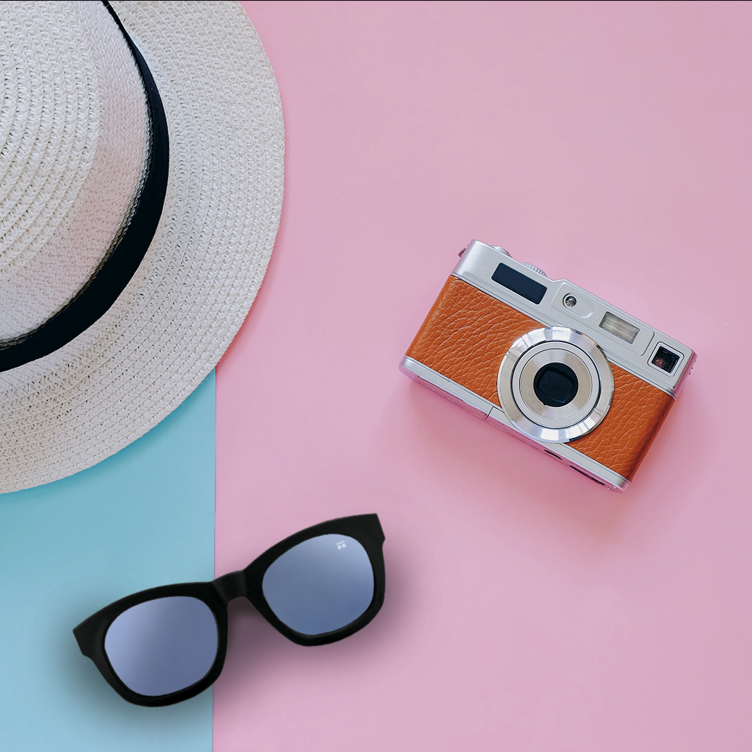 🌈 If you choose each element of your daily outfit, why not choose each piece of your sunglasses? Unleash your creativity and design them to your liking. 🕶 #sunglasses #gafasdesol