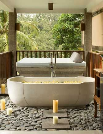 We're In Love With This Luxury Outdoor Bathroom Overlooking The New Luxury Outdoor Bathrooms Inspiration Design