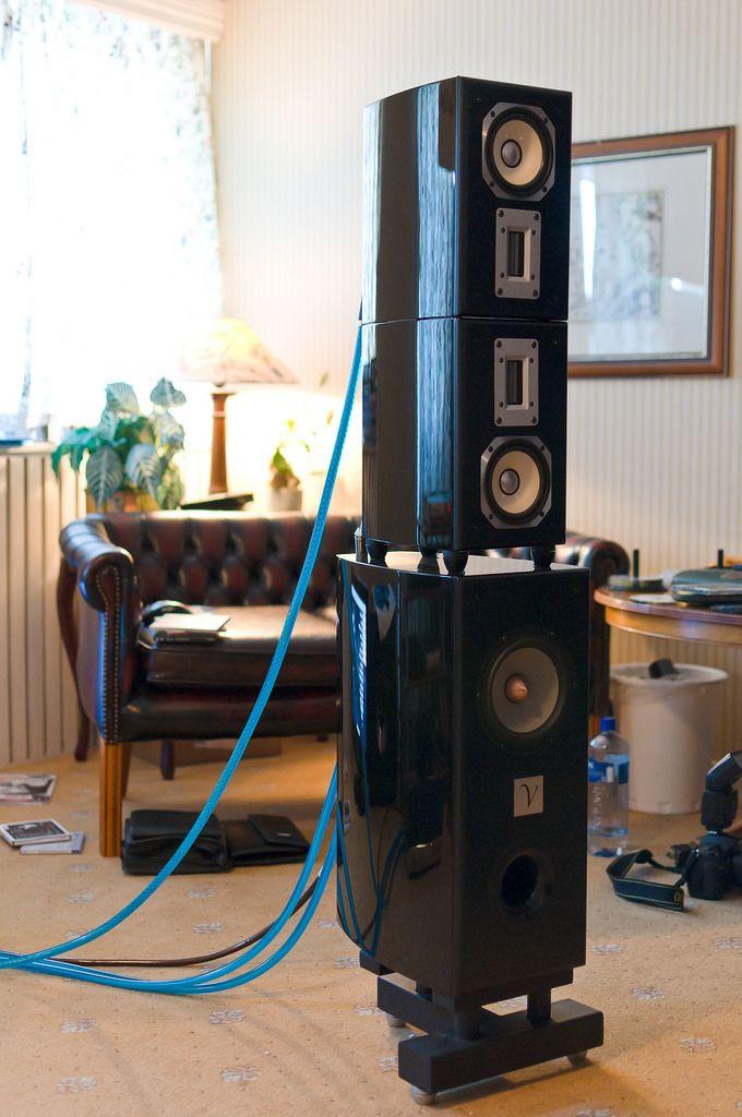 Renaissance Audio: Von Schweikert Unifield   by royviggo