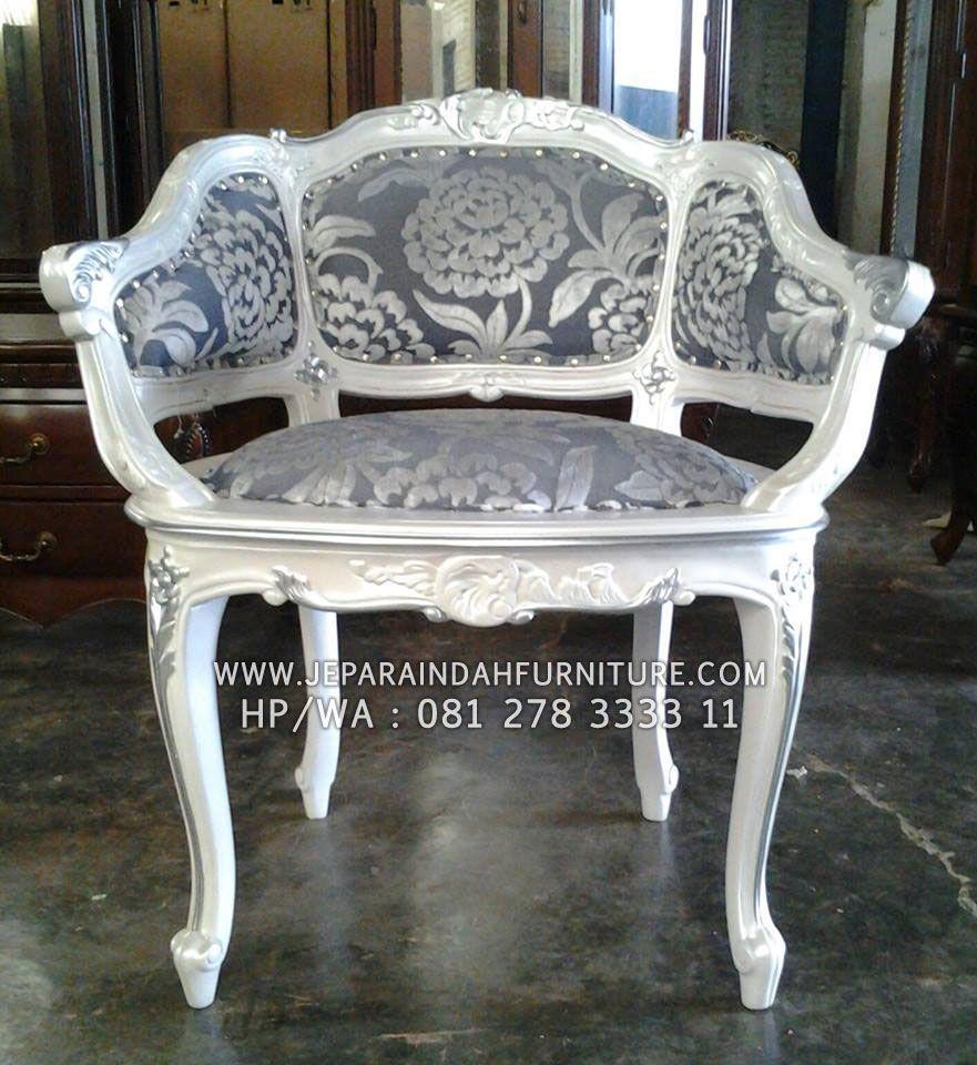 #kursi #kursisofa #kursicantik #kursimewah #armchair #frenchchair #furniture #frenchfurniture