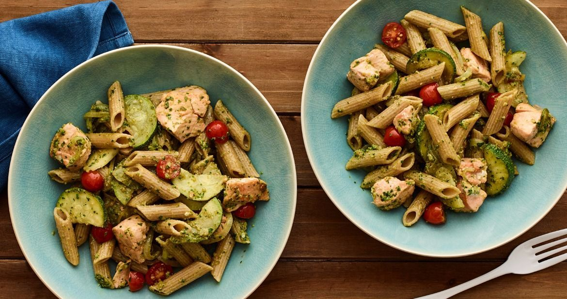 Spinach pesto whole wheat pasta and salmon from jamie geller dinners forumfinder Image collections