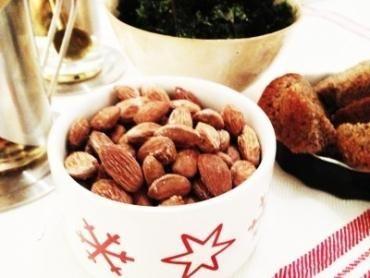 Rostade salta mandlar