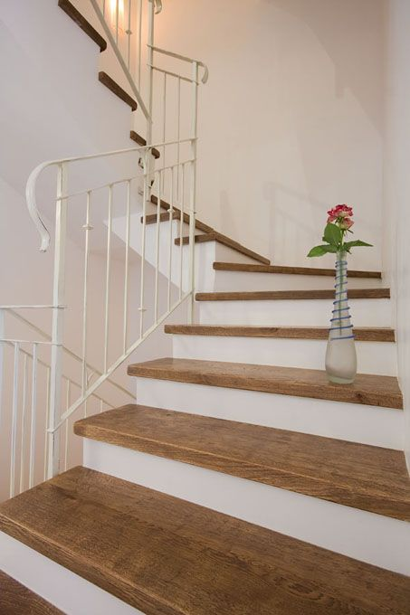 Best White Paint Risers Sand Stain And Varnish Treads In 640 x 480