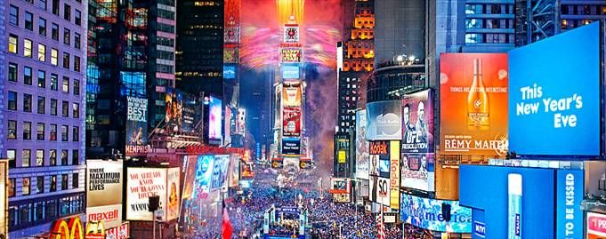 New Year S Eve Times Square With Images New York New Years Eve