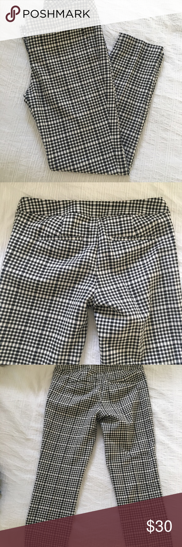 Express Columnist Pants Gingham print columnist pants by Express! Size 2R and could also fit a 4! Love these for work! Express Pants