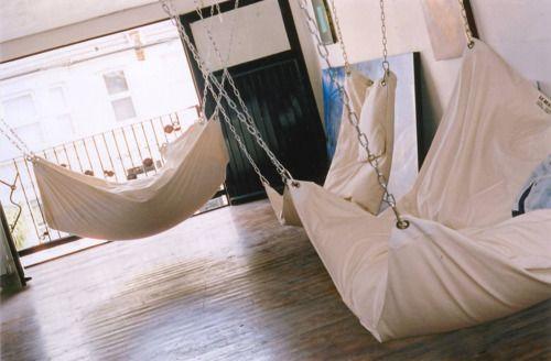 Giant pillow hammocks