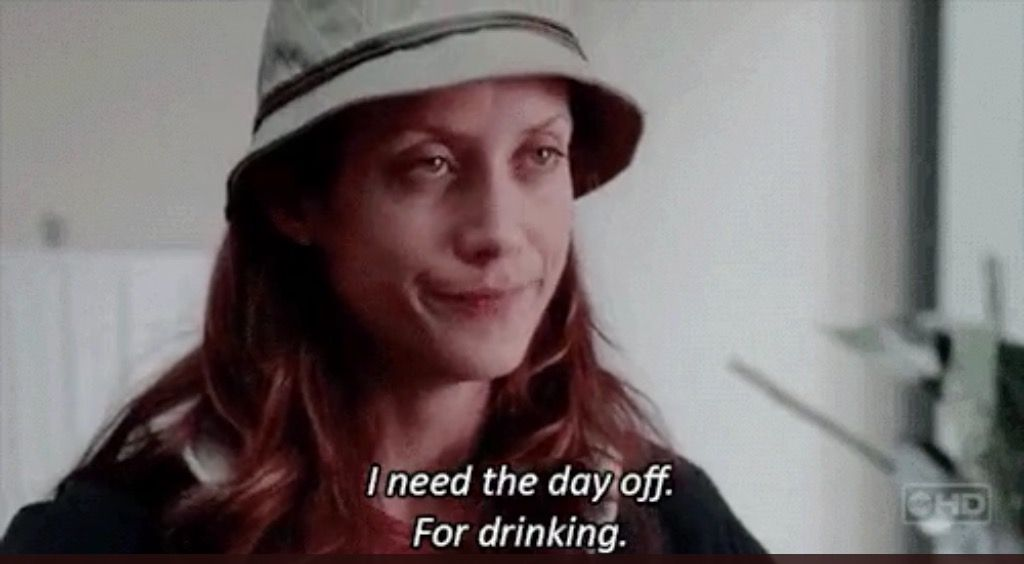 Kate Walsh in una scena di Grey's Anatomy. Addison sta piangendo.