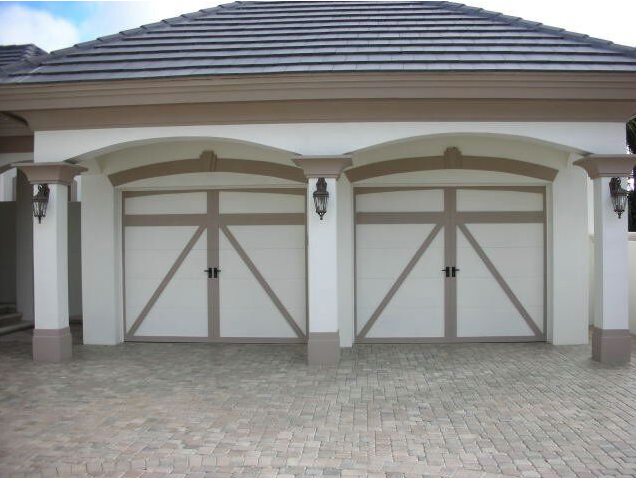 A Perfect Home Has Everything For Everyone A Spacious And Modern Kitchen Large Bright Spaces To Share Wit Garage Door Design Garage Doors Garage Door Styles