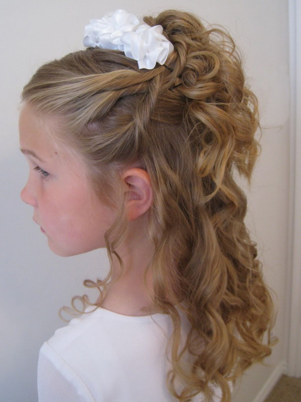 20 Wedding Hairstyles For Kids Ideas