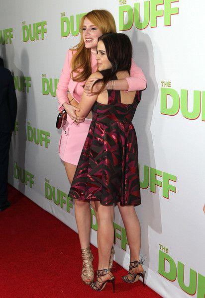 Bella Thorne And Mae Whitman At The Duff Premiere Series E