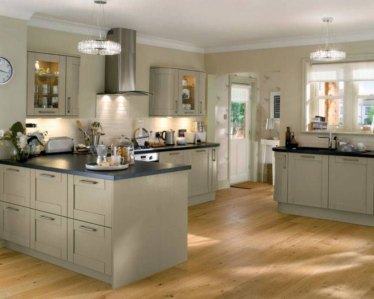 Tewkesbury skye tewkesbury kitchen families kitchen for Kitchen joinery ideas