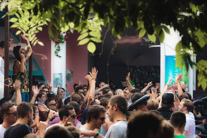 10 Barcelona Clubs To Dance The Night Away Pictures