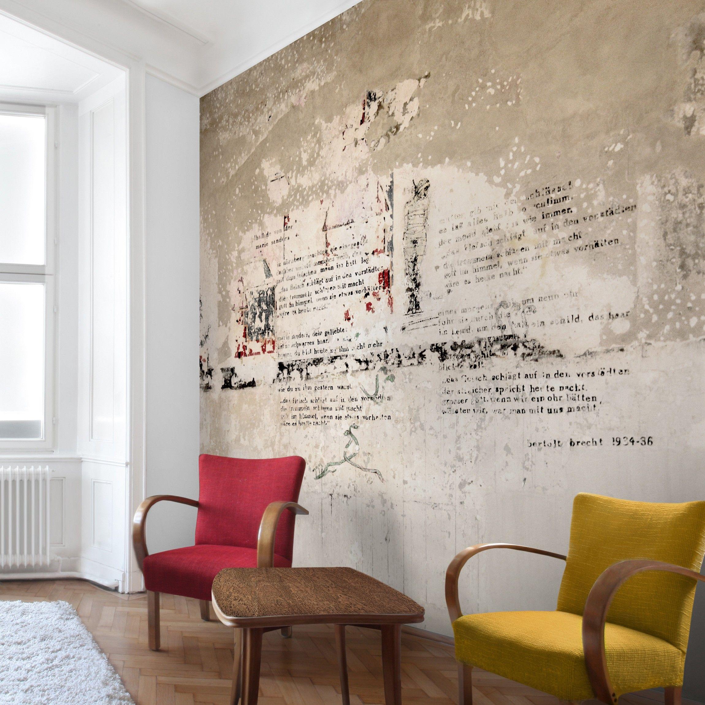 Tapete Betonoptik - Alte Betonwand mit Bertolt Brecht Versen ...