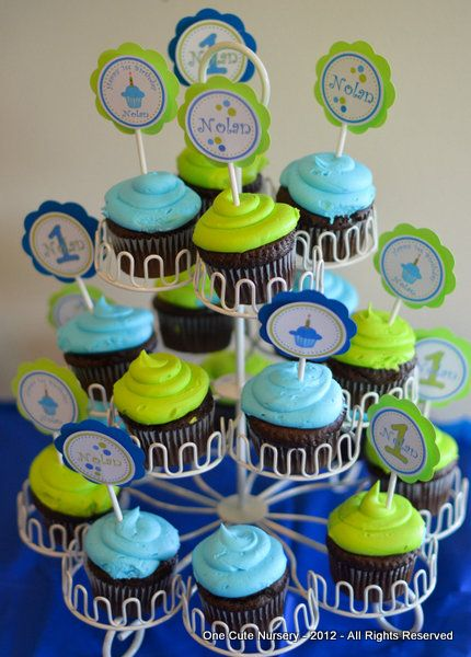 Cute birthday cupcake for boys