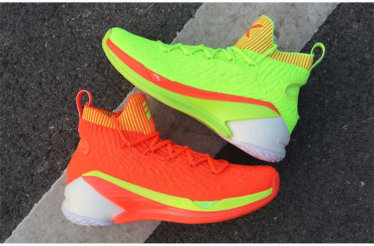 Anta 2019 Men's Klay Thompson KT4  Christmas  High Basketball Shoes is part of Shoes - This anta men's shoes is Anta 20182019KT4 Klay Thompson signature basketball shoes, the style used new AFlashfoam and AWEB tech, it is cushioning, support, breathable and stable  And this shoes with sock high cut design, can better protect ankle  Now