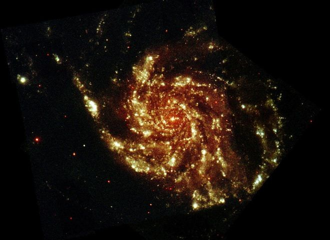 Wired Space Photo of the Day: Glowing Pinwheel Galaxy | Cosmos ...