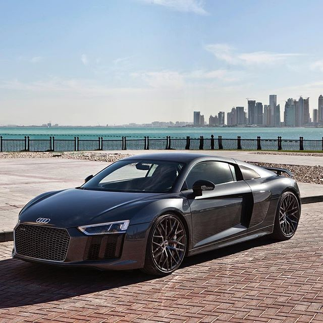 @auditography When You See This R8 Pose Like This, In This