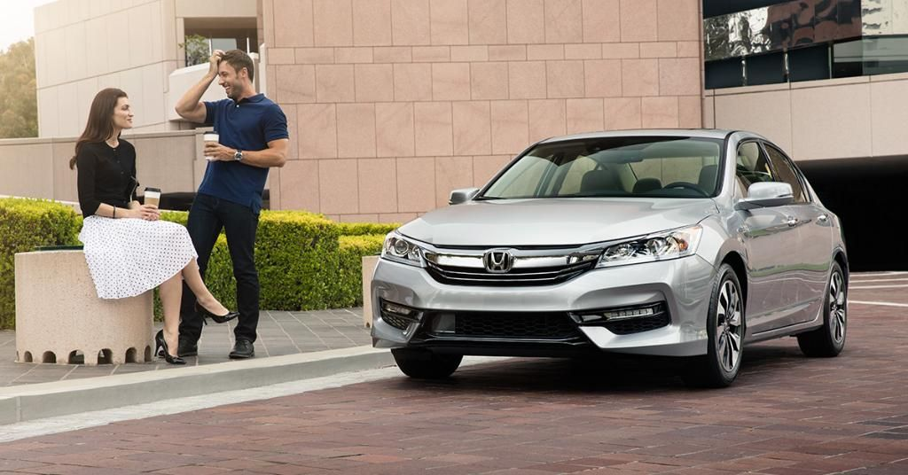 Russ Darrow Honda >> Everyone Is Talking About The 2017 Accord Hybrid Come See