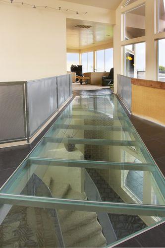 Is Laminated Glass Floor System Worth The Money Anlamli Net In 2020 Laminated Glass Custom Glass Glass Floor