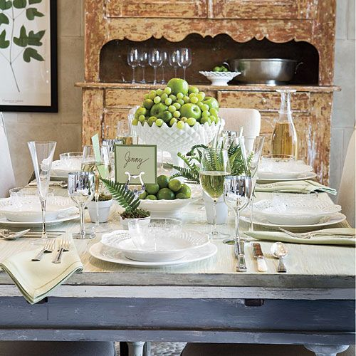 How To Set the Table | Learn how to set a formal table setting with help from Editor-at-Large Kimberly Schlegel Whitman. #SouthernCharm
