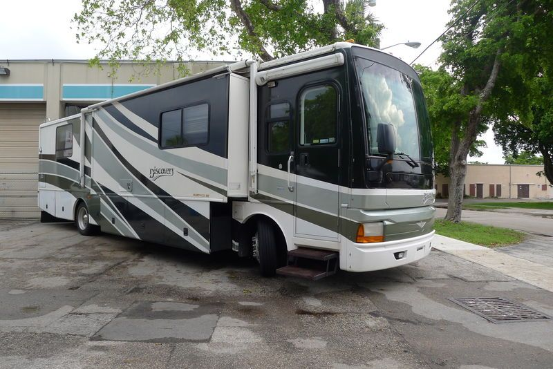 2003 fleetwood discovery 39s rvs fleetwood discovery rv for rh pinterest com