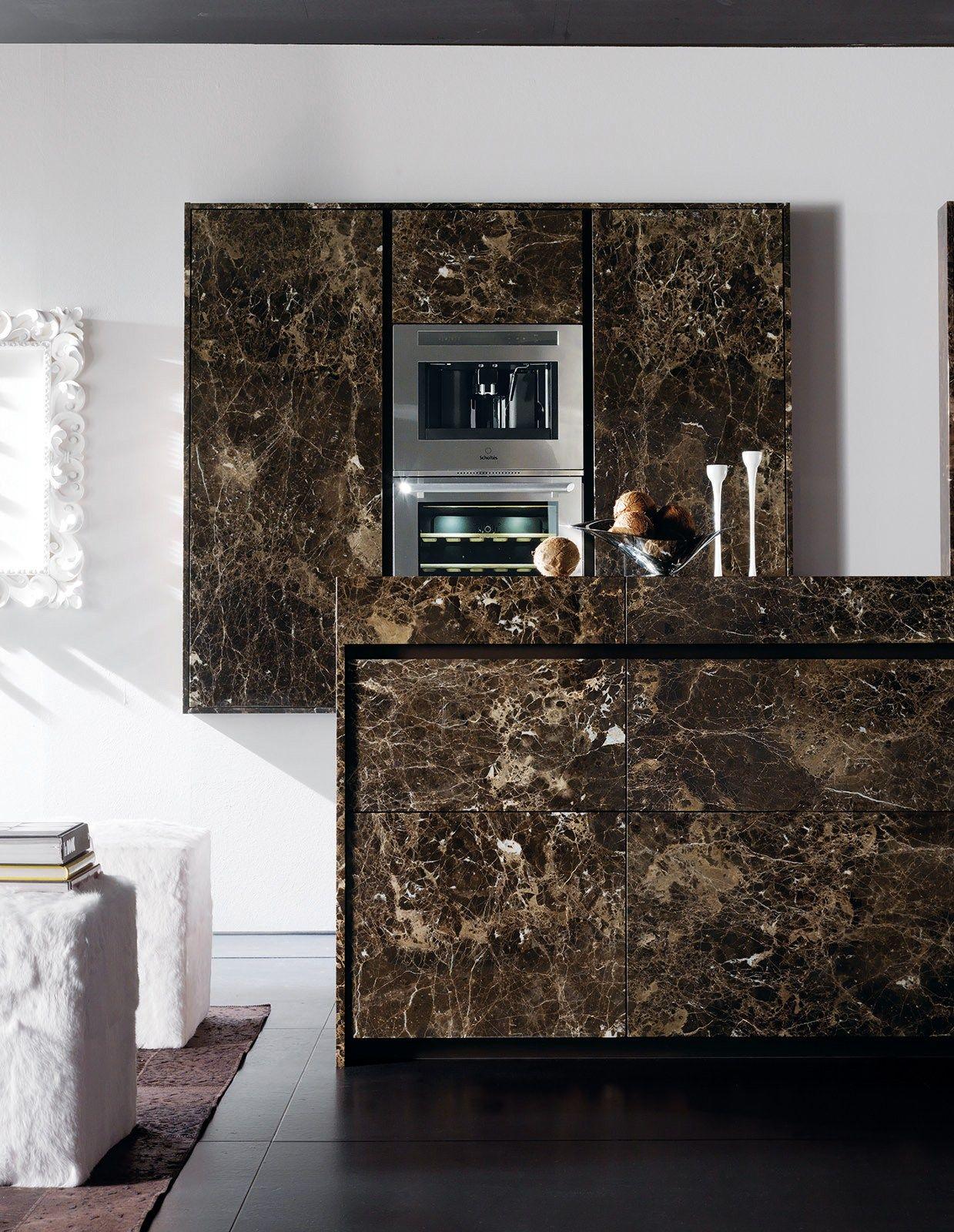 Marble kitchen with island essential emperador dark for Casa moderna zwolle