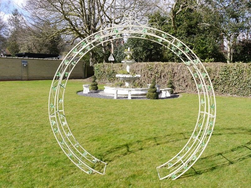 Round garden arch with leaf design | Garden | Garden ...