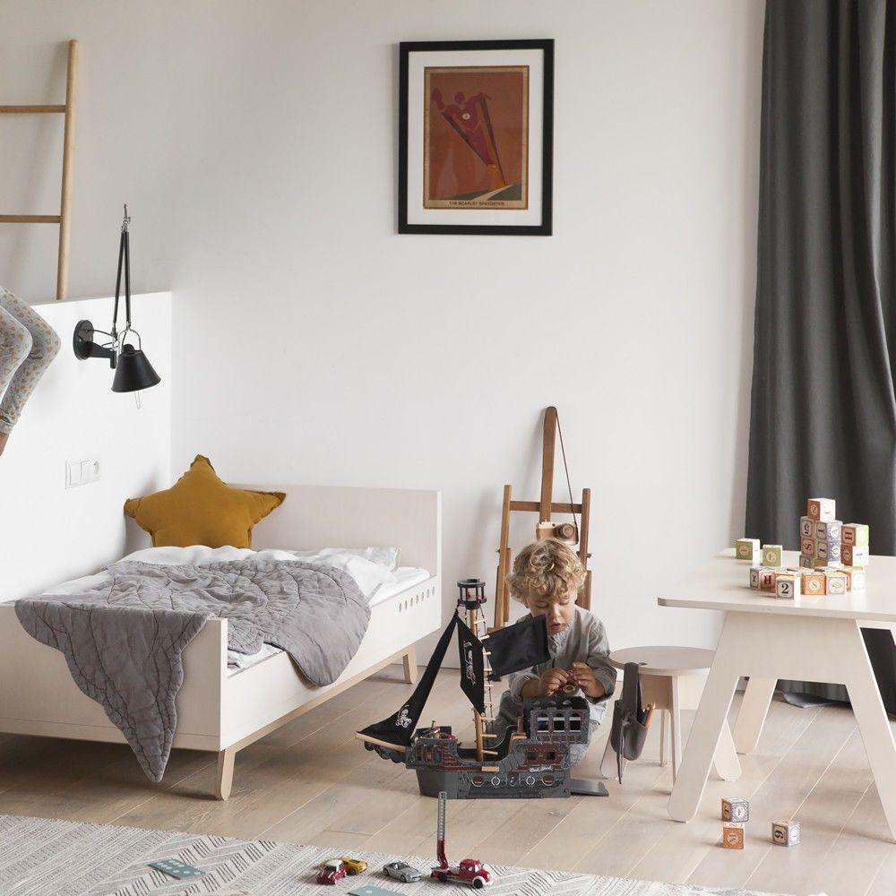 Kutikai Peekaboo Desk | Kidsroom // Interiors | Pinterest | Desks ...