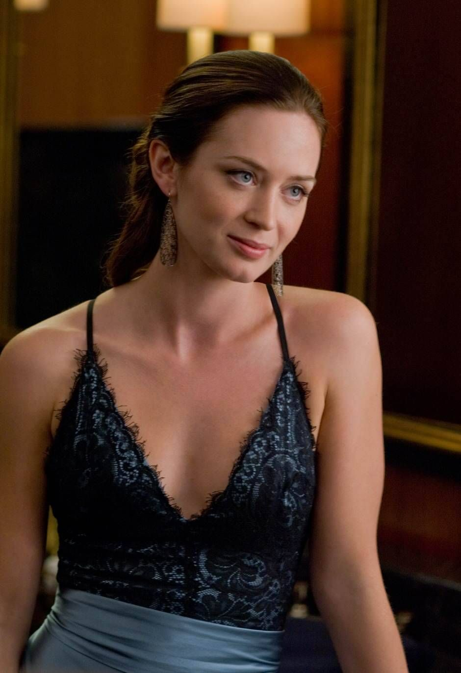 Cleavage Emily Blunt nude photos 2019