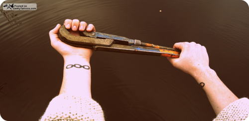 Chain Tattoo On Wrist: Bioshock Chain Tattoos