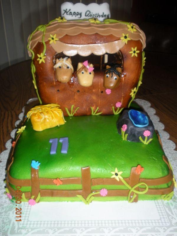 Horse Stable Birthday Cake Birthday Cakes Pinterest Birthday