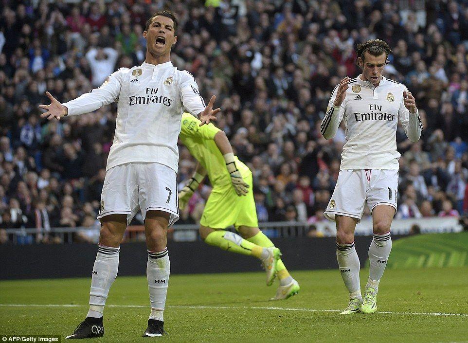 Tababare Carlo Ancelotti Oo Digniin La Xidhiidha Dhacdadii Ronaldo U Diray Gareth Bale