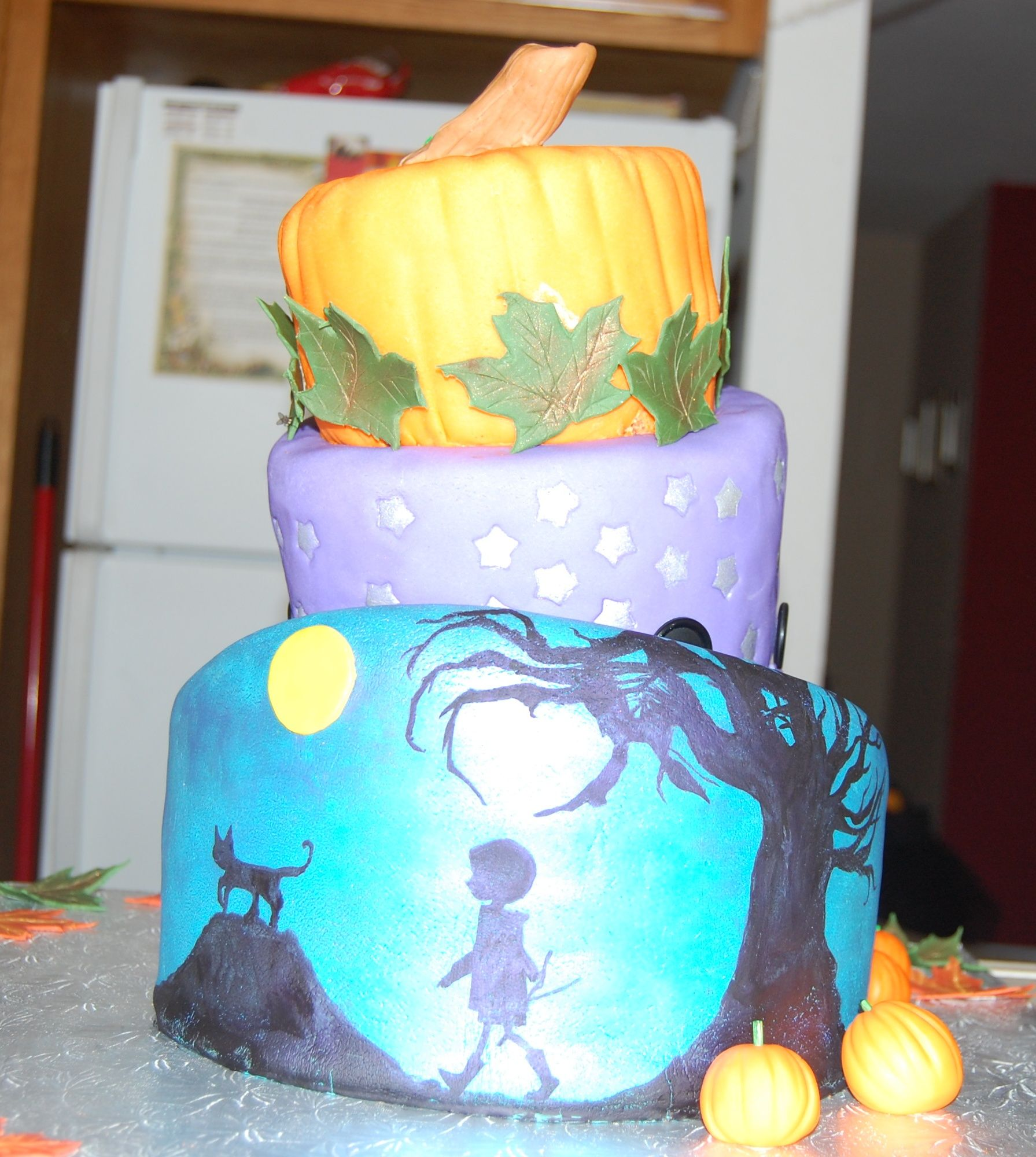 Coraline+Birthday+Cake+-+This+was+my+first+tiered+cake.+I+made+it+ ...