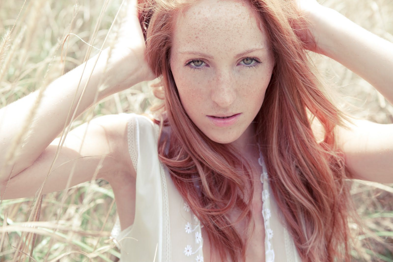 Pale white redhead, hong kong anal sex