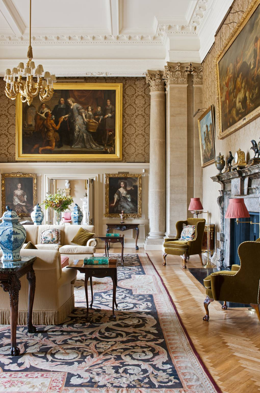 What We Know About The Interiors Of No 10 Downing Street Georgian Interiors Classic Interior Interior
