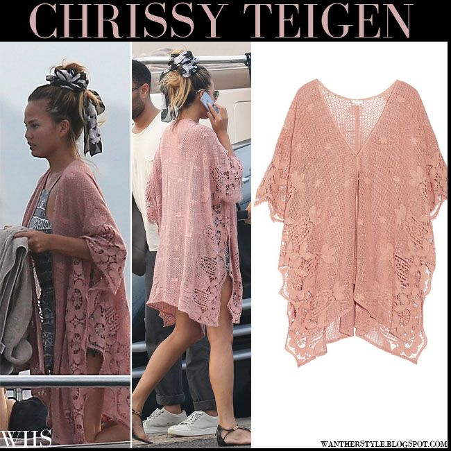 Chrissy Teigen in rose pink crocheted caftan in Saint Tropez #chrissyteigen #fashion #beach #summer #caftan #rose #pink #lace #crochet #model #sttropez #france #riviera