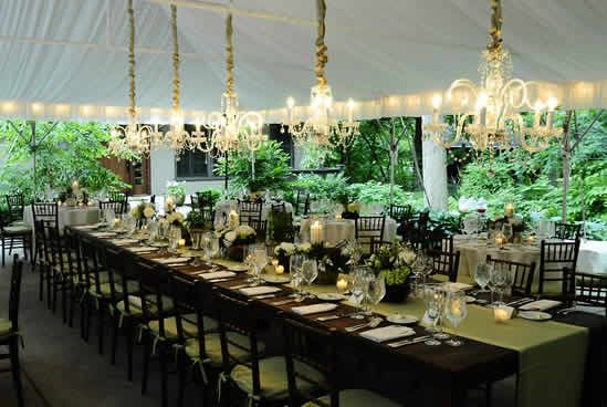 A Rustic Chic Tent Wedding In Milwaukee Photo By The Artist