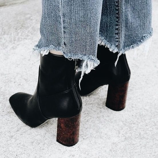 Pin de Sphue en Who doesn't love Zapatos  Zapatos,  Pinterest   Zapatos,  Botas 434933
