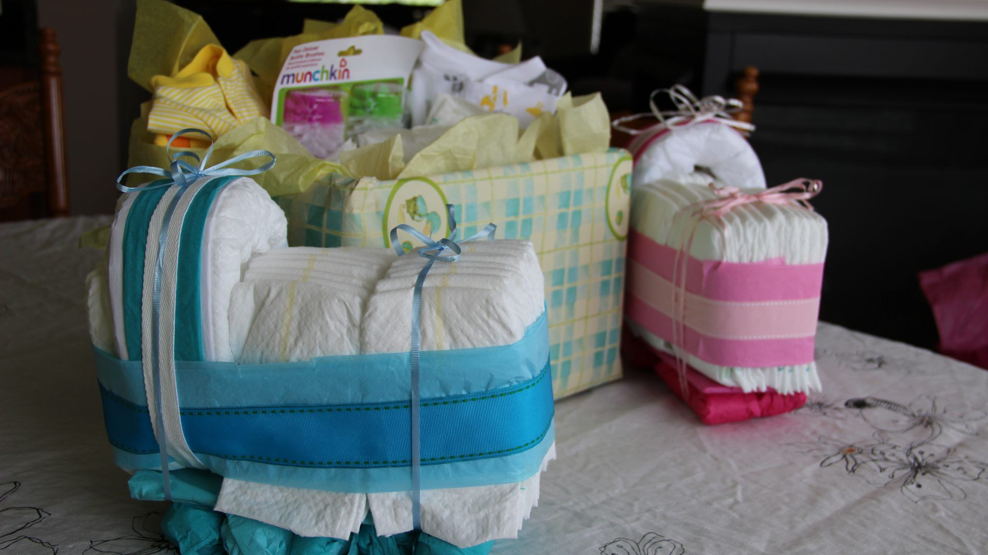 Most Popular Personalized Baby Shower Gifts Updated (+25 New Data)